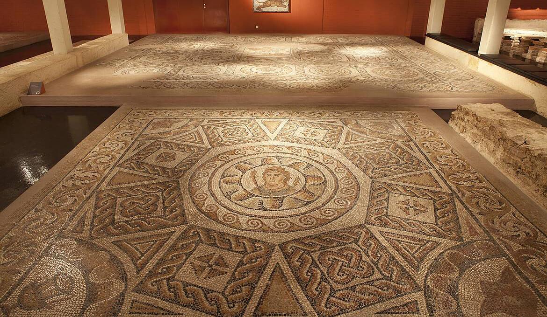 Römisches Bodenmosaik, Foto: © Foto im Lohnbüro